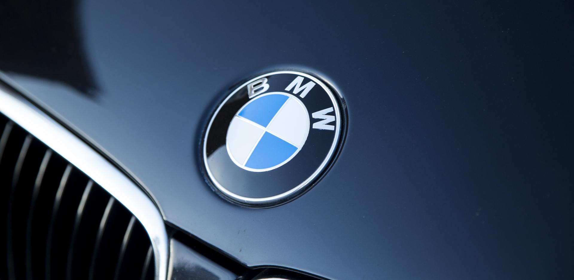Crago's BMW roundel