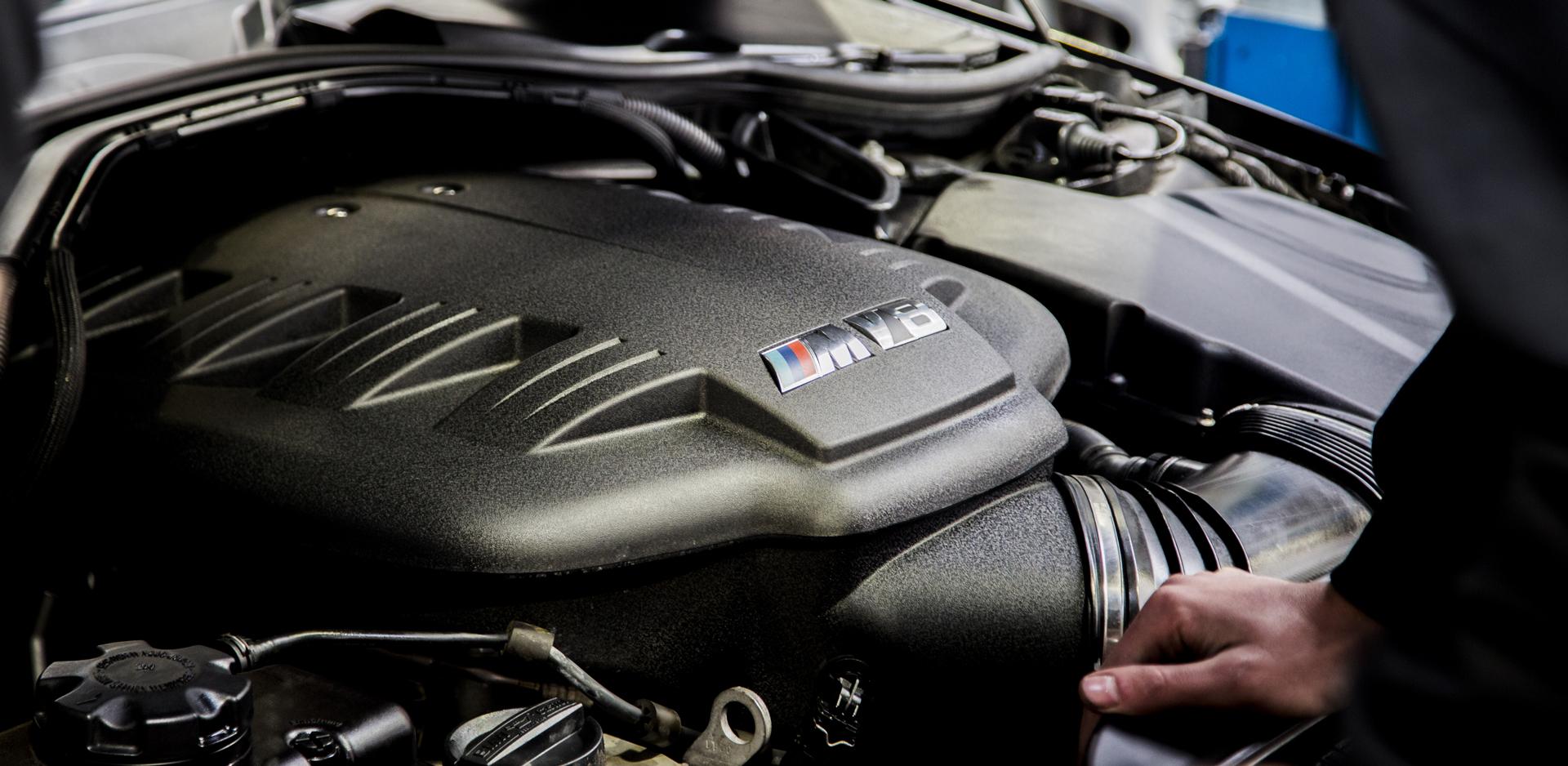 Crago's S65 M3 Engine